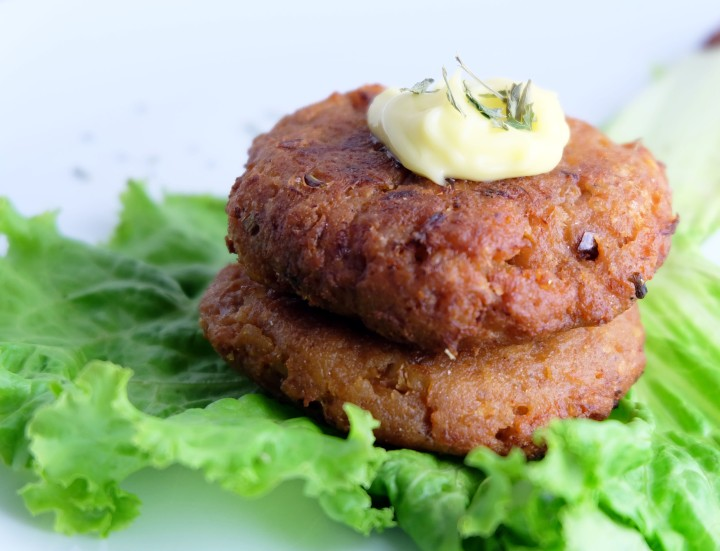 Salmon Cakes by Rice N Dine