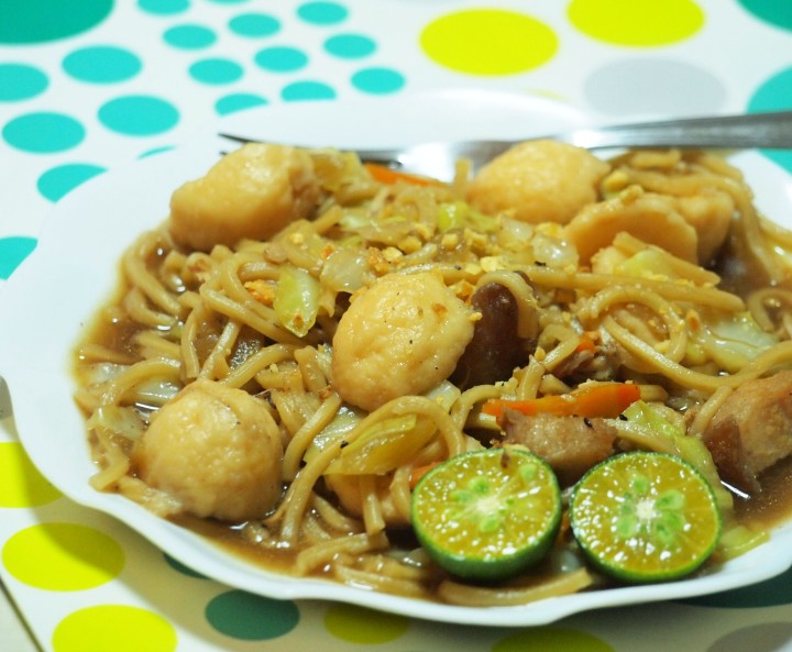 Pancit Canton by Rice N Dine